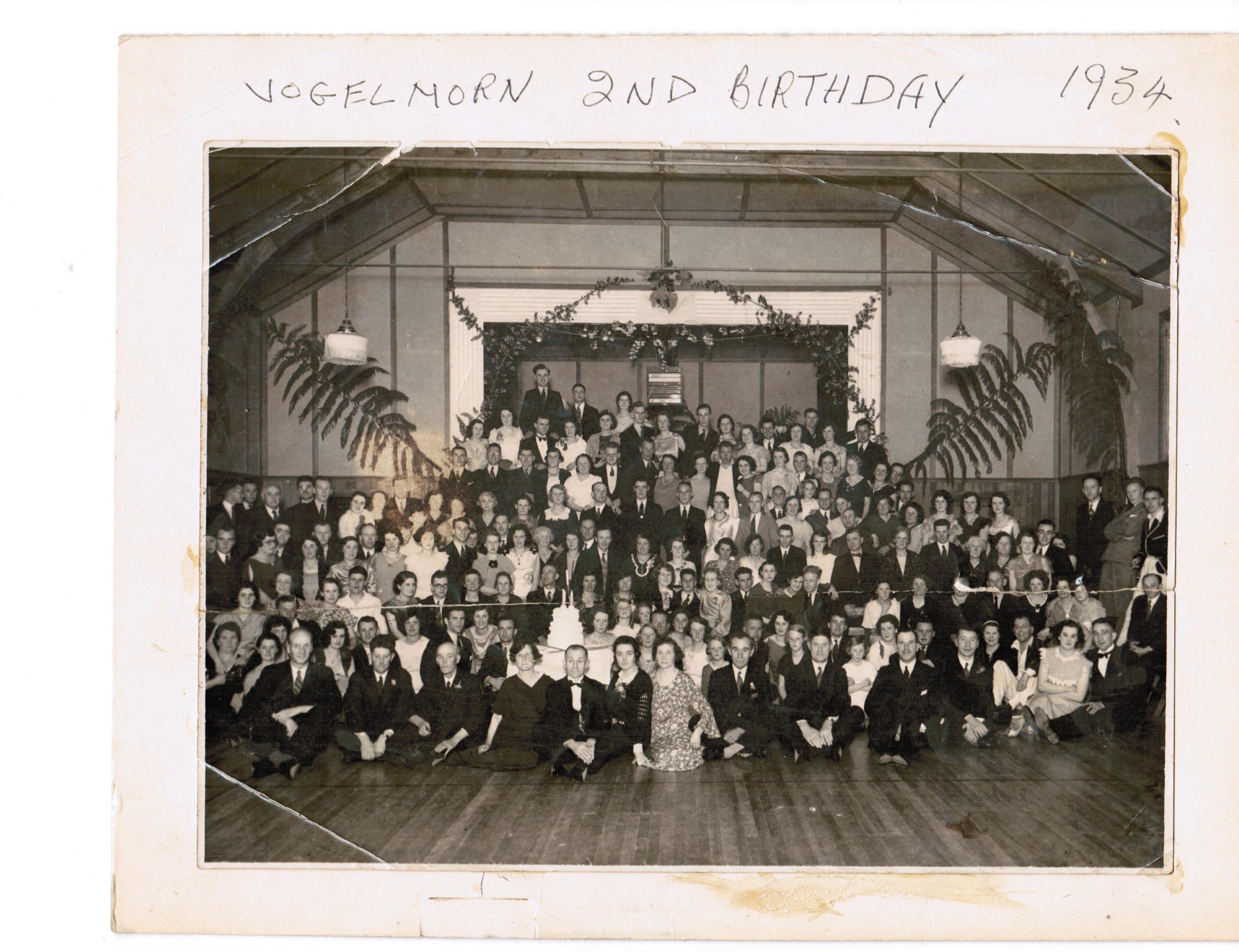 vogetown-hall-1934